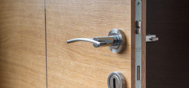 Finestre e porte blindate: quanto contano i serramenti per la sicurezza della tua casa