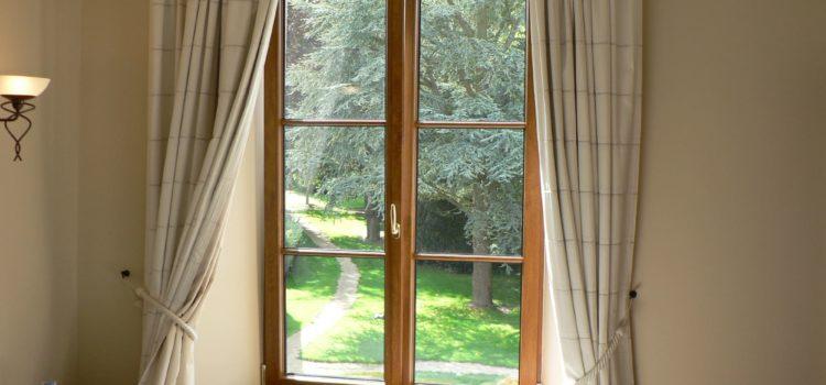Scelta delle porte e finestre Firenze: partiamo dai materiali